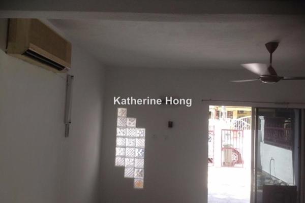 For Sale Terrace at Taman Bukit Intan, Sri Petaling Freehold Unfurnished 4R/3B 777k