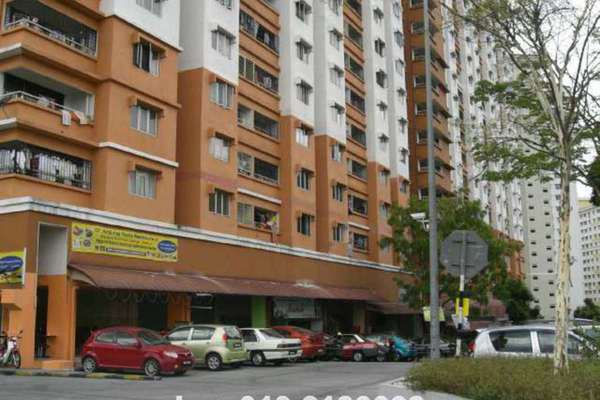 For Sale Shop at Flora Damansara, Damansara Perdana Leasehold Unfurnished 0R/1B 490k