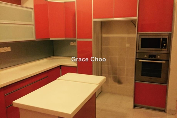 For Rent Townhouse at Laman Impian, Sunway Damansara Leasehold Semi Furnished 3R/4B 3.7k