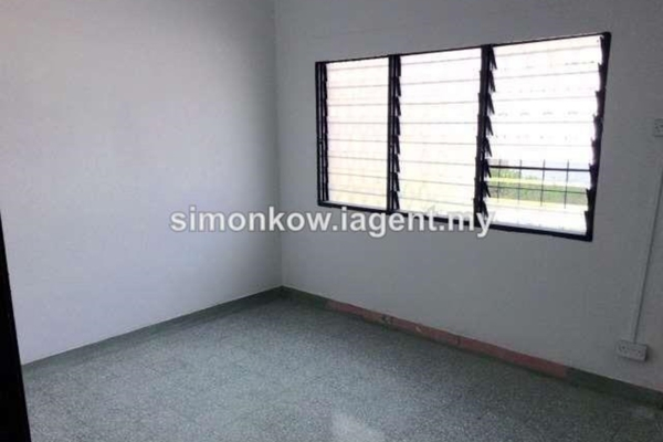 For Sale Terrace at Taman Shanghai, Old Klang Road Freehold Unfurnished 4R/2B 810k