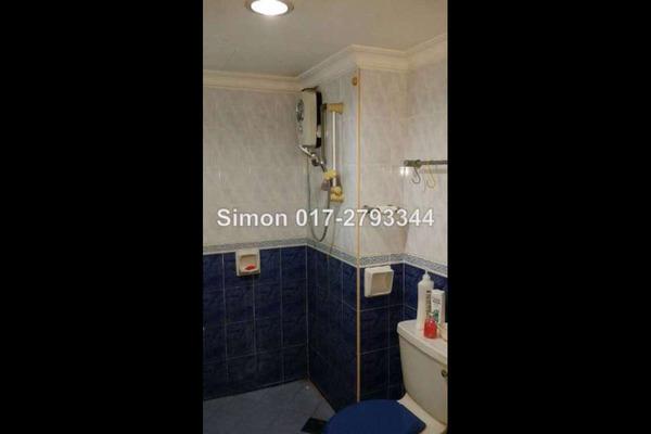 For Sale Condominium at Amadesa, Desa Petaling Leasehold Semi Furnished 3R/2B 465k