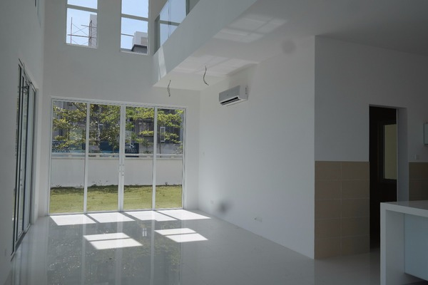For Sale Villa at Contours, Melawati Freehold Semi Furnished 4R/5B 4.25m