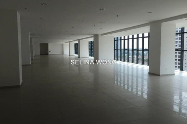 For Rent Office at Tropicana Avenue, Tropicana Leasehold Semi Furnished 0R/0B 1.5k