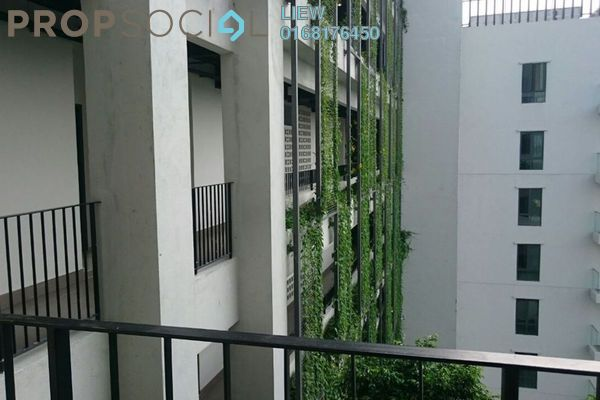 For Sale Condominium at Univ 360 Place, Seri Kembangan Leasehold Semi Furnished 3R/3B 950k