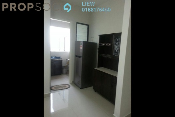 For Rent SoHo/Studio at Univ 360 Place, Seri Kembangan Leasehold Semi Furnished 1R/1B 1.2k