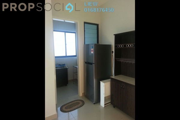 For Rent SoHo/Studio at Univ 360 Place, Seri Kembangan Leasehold Fully Furnished 1R/1B 1.4k