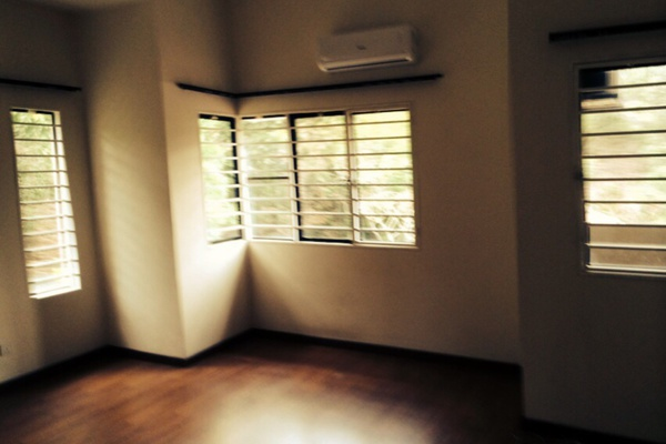 For Rent Link at Section U9, Shah Alam Leasehold Semi Furnished 5R/3B 2.3k