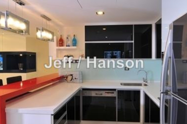 For Sale Condominium at Ken Damansara II, Petaling Jaya Leasehold Semi Furnished 3R/2B 960k