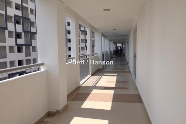 For Rent Condominium at Suasana Lumayan, Bandar Sri Permaisuri Leasehold Semi Furnished 4R/2B 1.75k