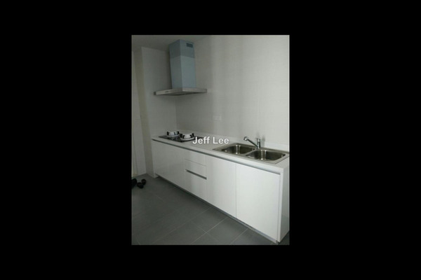 For Rent Condominium at Concerto Kiara, Dutamas Leasehold Semi Furnished 3R/4B 3k