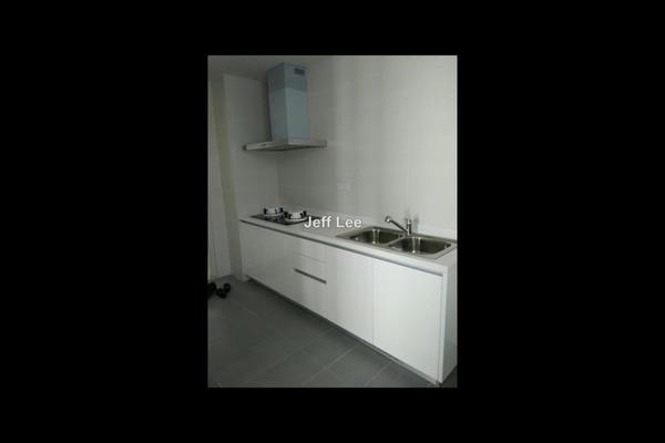 For Rent Condominium at Concerto Kiara, Dutamas Leasehold Semi Furnished 3R/4B 3k