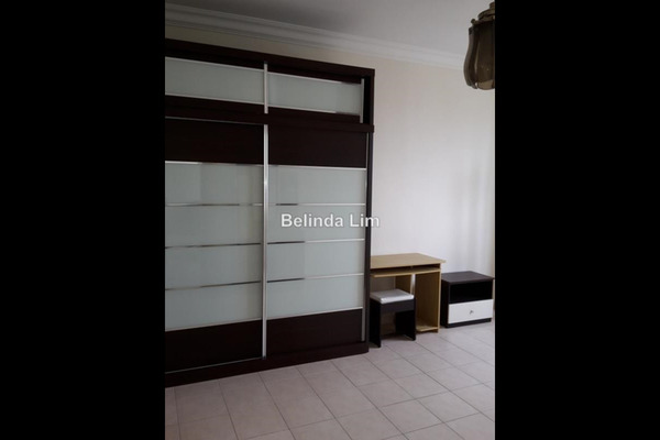 For Sale Condominium at Koi Tropika, Puchong Leasehold Unfurnished 3R/2B 395k