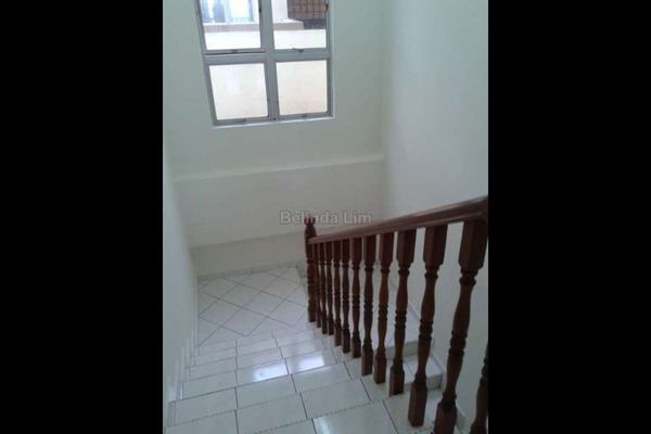 For Sale Apartment at Sri Raya Apartment, Kajang Freehold Unfurnished 4R/3B 385Ribu