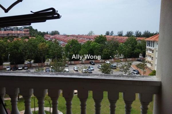 For Sale Condominium at Nilam Puri, Bandar Bukit Puchong Freehold Semi Furnished 3R/2B 368k