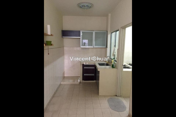 For Rent Condominium at Kinrara Mas, Bukit Jalil Freehold Semi Furnished 3R/2B 1.1k