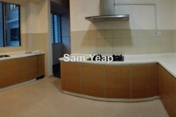 For Sale Condominium at Riana Green, Tropicana Leasehold Semi Furnished 3R/3B 900k