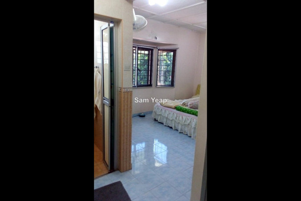 For Sale Terrace at Taman Mastiara, Jalan Ipoh Leasehold Fully Furnished 3R/2B 680k