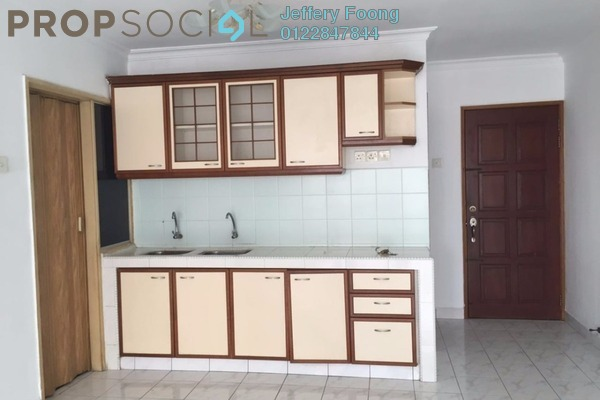 For Sale Condominium at Desa Sri Puteri Apartments, Desa Petaling Freehold Semi Furnished 3R/2B 287k