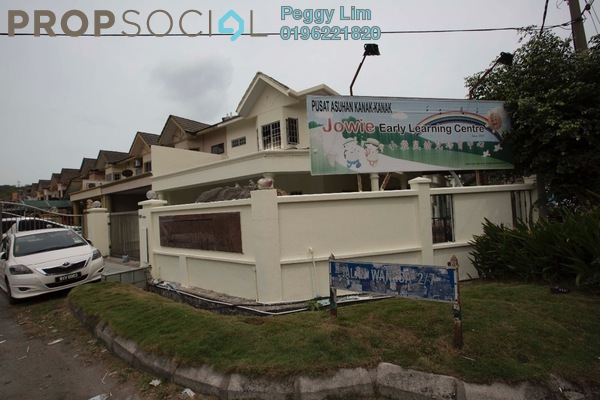 For Sale Terrace at Taman Wangsa Permai, Kepong Leasehold Semi Furnished 7R/3B 1.48m