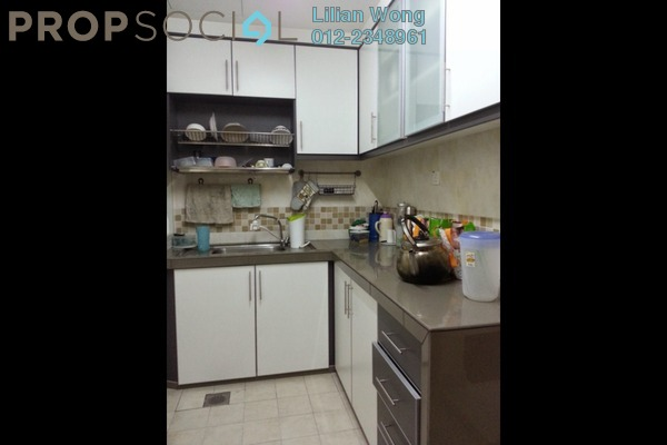 For Sale Condominium at Puteri Bayu, Bandar Puteri Puchong Freehold Semi Furnished 3R/2B 455k