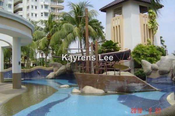 For Sale Apartment at Gold Coast, Bayan Indah Leasehold Unfurnished 3R/2B 650k