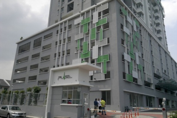 For Sale Condominium at Pulse, Gelugor Leasehold Unfurnished 3R/2B 395k