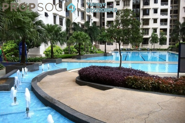For Sale Condominium at Casa Tropicana, Tropicana Leasehold Semi Furnished 3R/2B 880k