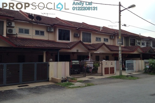 For Sale Terrace at Taman Jenaris 2, Kajang Freehold Semi Furnished 4R/3B 450k