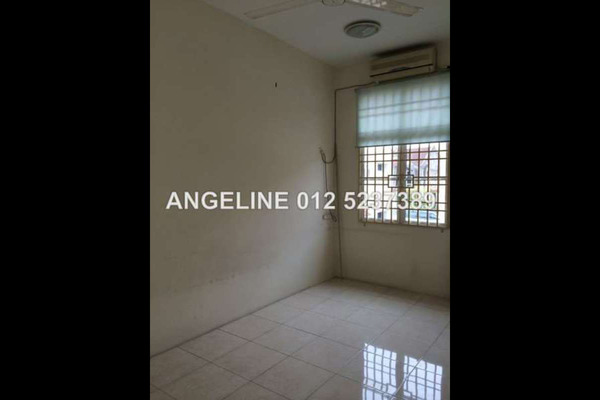 For Sale Terrace at Taman Bukit Minyak Indah, Bukit Minyak Freehold Unfurnished 3R/4B 495k