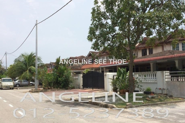 For Sale Terrace at Taman Inderawasih, Seberang Jaya Freehold Semi Furnished 3R/3B 500.0千