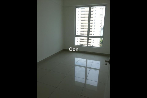 For Sale Condominium at Summerton Bayan Indah, Bayan Indah Leasehold Unfurnished 3R/2B 1.16m