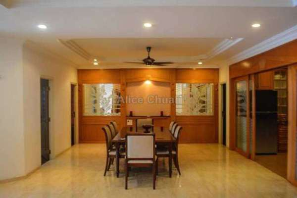 For Sale Condominium at Gurney Beach, Gurney Drive Leasehold Semi Furnished 3R/3B 2.2m