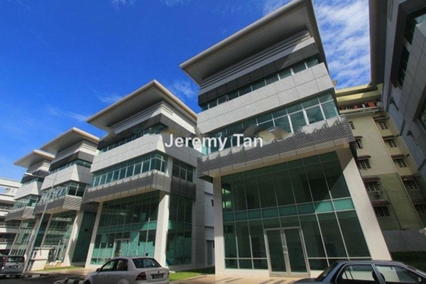 For Rent Shop at The One, Bayan Baru Leasehold Unfurnished 0R/0B 2.2k