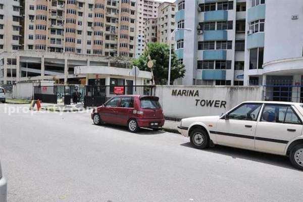 For Rent Condominium at Marina Tower, Tanjung Bungah Leasehold Semi Furnished 3R/2B 800translationmissing:en.pricing.unit