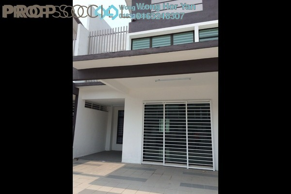 For Rent Terrace at Lakeside Residences, Puchong Leasehold Semi Furnished 4R/3B 2k