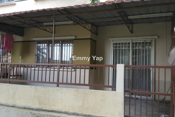 For Sale Apartment at Vista Impiana Apartment, Seri Kembangan Leasehold Unfurnished 1R/1B 220.0千