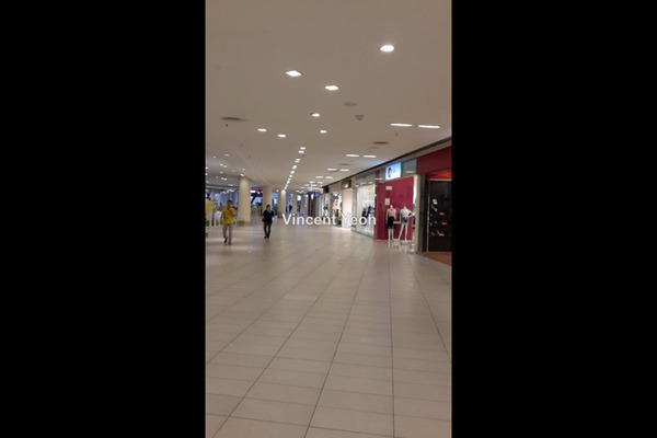 For Rent Shop at Queensbay Mall, Bayan Indah Freehold Unfurnished 0R/0B 12k