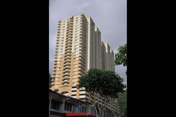 For Sale Condominium at Greenlane Park, Green Lane Freehold Semi Furnished 3R/2B 485k