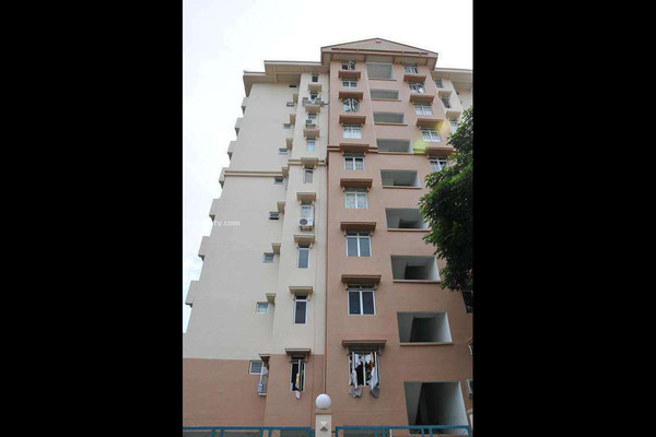For Sale Apartment at Azuria, Tanjung Bungah Leasehold Unfurnished 3R/2B 330k