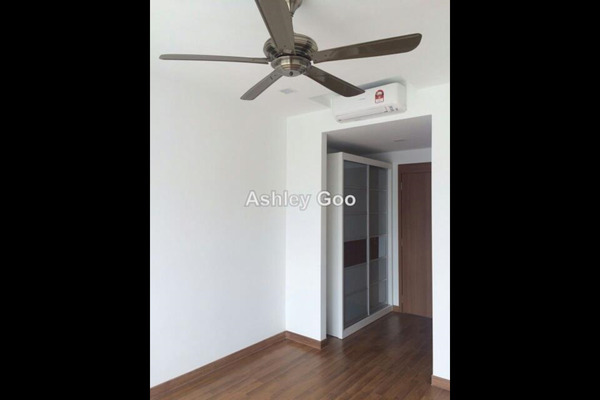 For Sale Condominium at Central Park, Green Lane Leasehold Semi Furnished 5R/5B 1.29m