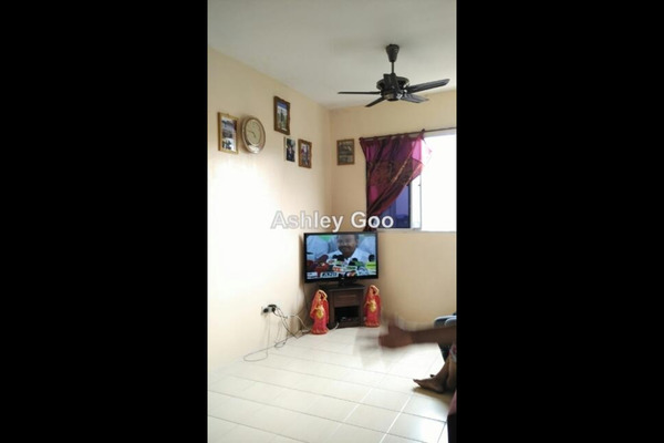 For Sale Apartment at Jelutong Palace, Jelutong Leasehold Unfurnished 3R/2B 395k