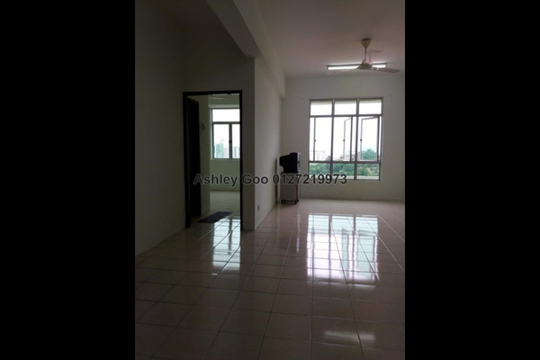 For Sale Apartment at Krystal Suria, Bukit Jambul Leasehold Unfurnished 3R/2B 375k