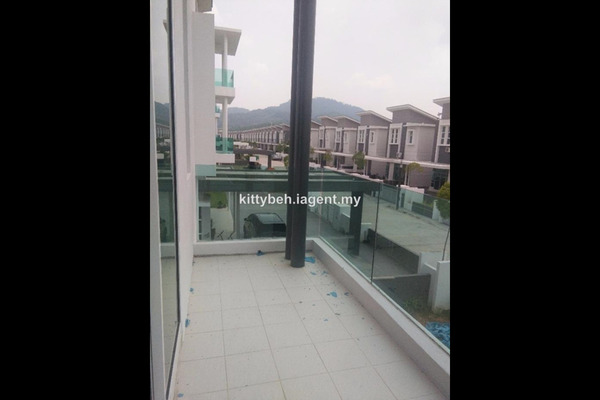 For Sale Bungalow at Tropicale Residency, Bukit Mertajam Freehold Semi Furnished 6R/5B 1.64m