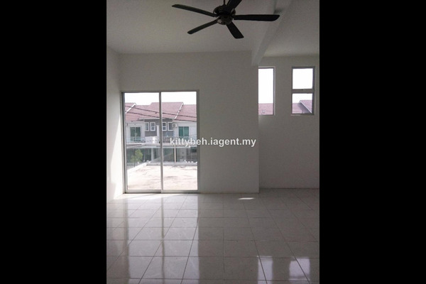 For Rent Semi-Detached at Taman Seri Juru, Juru Freehold Semi Furnished 4R/3B 1.5k