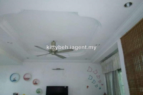 For Sale Terrace at Taman Sempadan, Nibong Tebal Freehold Unfurnished 4R/3B 320.0千