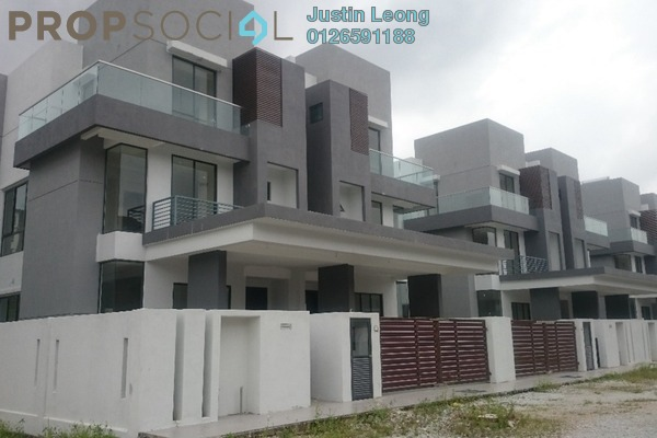 For Sale Semi-Detached at Spring Villa, Bandar Mahkota Cheras Freehold Unfurnished 5R/7B 1.33m
