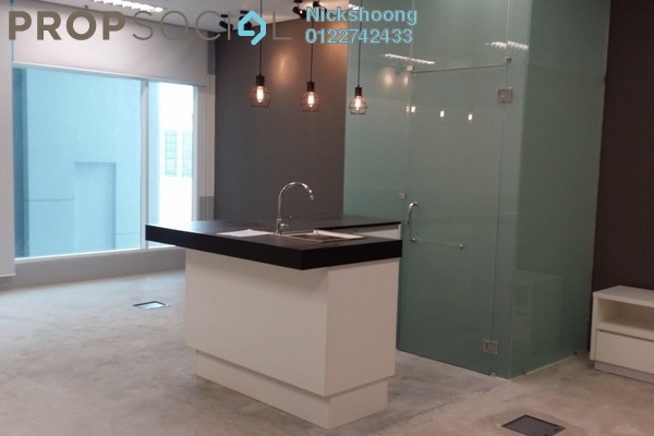 For Sale SoHo/Studio at Soho Suites, KLCC Freehold Semi Furnished 0R/1B 780k