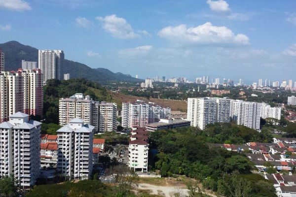 For Sale Condominium at Greenlane Park, Green Lane Freehold Semi Furnished 4R/2B 660k