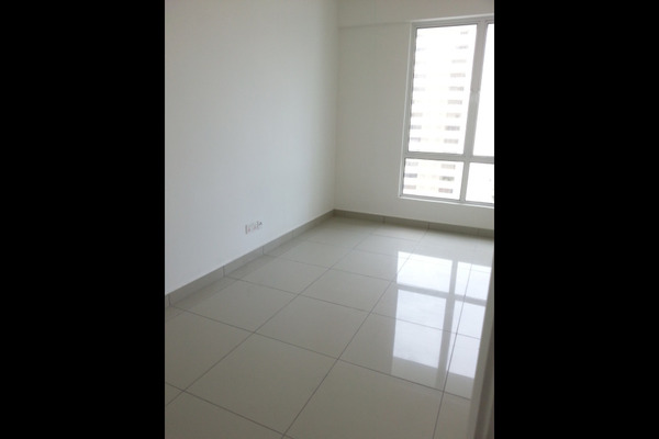 For Sale Condominium at Summerton Condominium, Bayan Indah Leasehold Unfurnished 3R/3B 1.16m