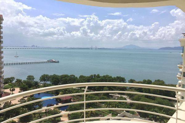 For Sale Condominium at Gold Coast, Bayan Indah Leasehold Fully Furnished 3R/2B 780k